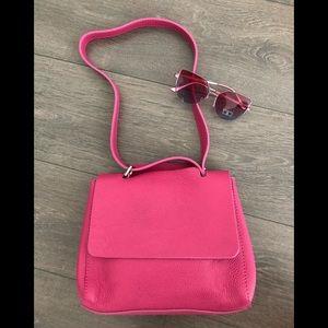 Vera Pelle handbag bag leather sunglasses tote top